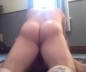 Amateur couple makes horny anal video