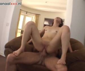 The older man fuck the girl anal until he come,