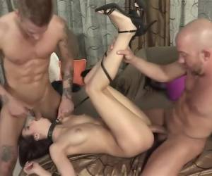 Hottest pornstar Belle Knox in amazing facial, brunette sex scene