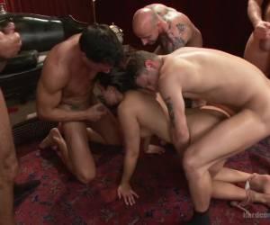 Een trio en de eerste keer anal