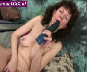 donna vecchia nuda