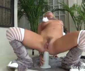 kinky slut masturba dildo enorme whiteh
