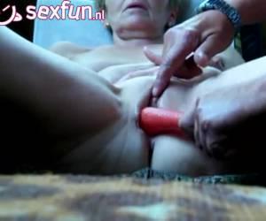 donna matura da dildo cucita