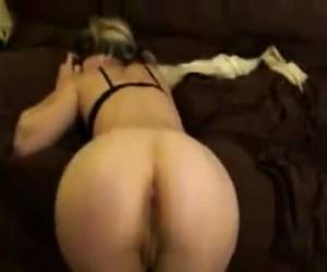 Cute girl in her sexy ass fucked