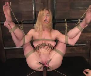Darling gives us BLOODY SCREAMING FUCKING ORGASMS over over over again
