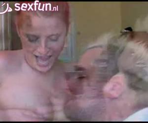 sua moglie vuole avere anche un filmato privato del suo latte eiaculazione femminile tette