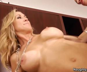 Brandi Love forces Bruce Venture to do dirty job