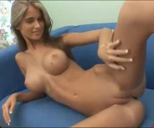 A horny striptease whiteh big knockers