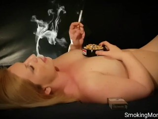 Girls suffer from smoking.They have a heart disease,cough,lung cancer