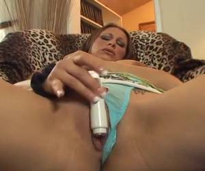 The small vibrator gives milf orgasm