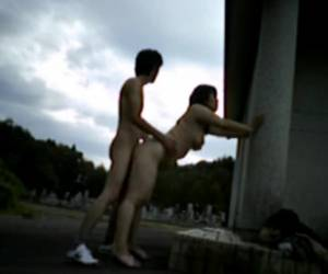 Japanese couple has a quickie in the cemetery
