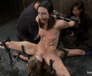 Wenona, Jessie Cox, and Isis Love free porn movie March Live Show.