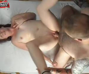 Horny: her pussy squirting his cock out