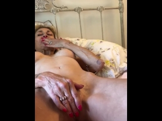 Hilarious home made porno with very wet ending