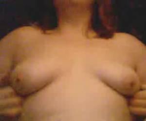 Amateur plays whiteh tits for webcam